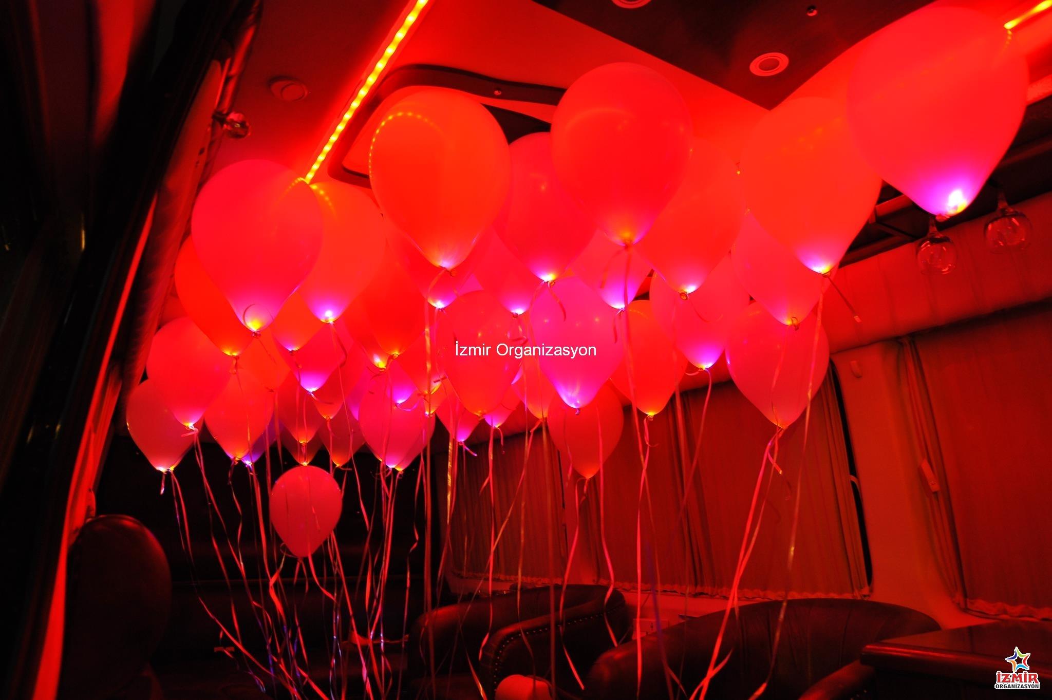 İzmir Işıklı Uçan Balon